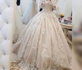 2017 Romantic Lace W..