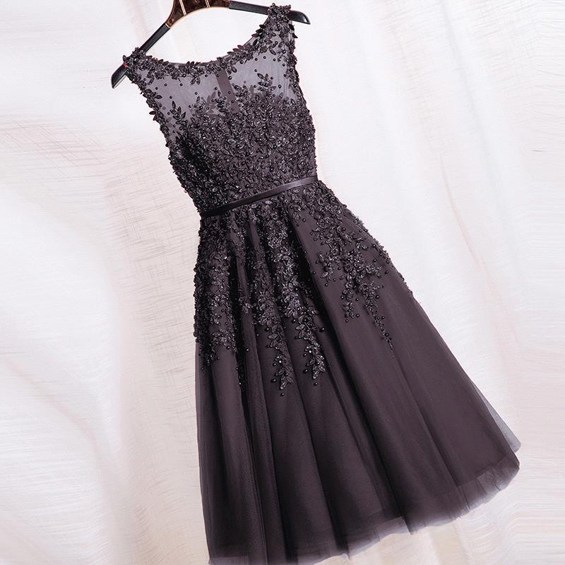 a2ebffc5605ab Black Beaded Lace Appliques Short Prom Dresses Robe De Soiree Knee Length  Party Evening Dress