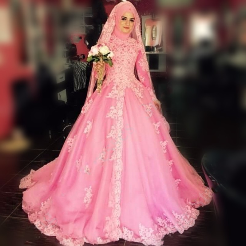 Vintage Long Sleeve Muslim Wedding Dresses With Hijab Ball Gown