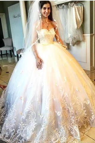 Cheap wedding dresses 2017,Attractive Appliques Beads Wedding Dresses Sweetheart Neckline Lace Edge Bridal Gowns Floor Length Wedding Gown
