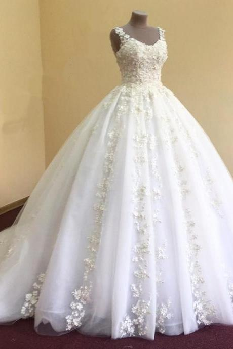Sleeveless 3D Floral Embellished Princess Wedding Ball Gown with Chapel Train