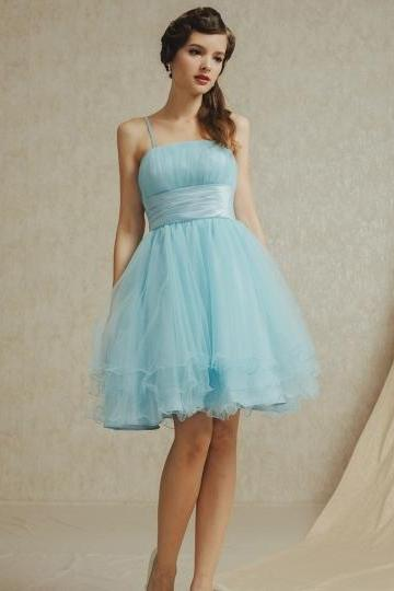 Romantic Tulle A-Line Empire Spaghetti Straps Short Bridesmaid Dress