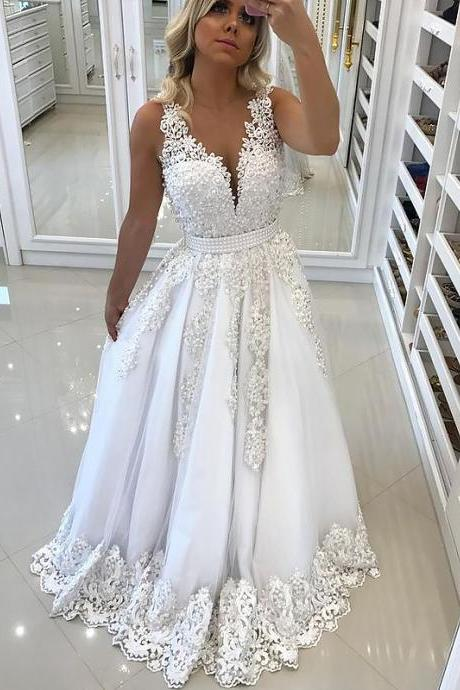 White A-Line/Princess V-Neck Sleeveless Sweep/Brush Train Lace Tulle Dresses
