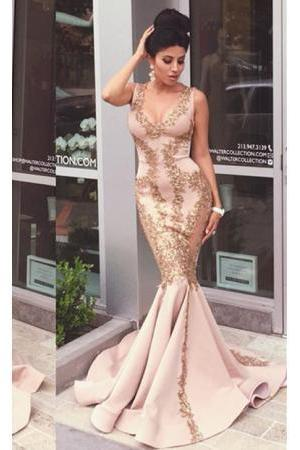 2016 Gold Lace Applique Mermaid Prom Dresses V Neck Ruffles Train Evening Gowns Formal dresses
