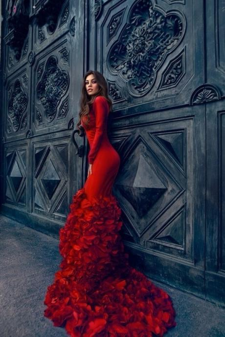 Prom Dresses Mermaid Low Cut V Neck Long Sleeve Long Red Evening Party Dress With Ruffled Skirt