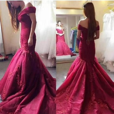 Cheap prom dresses 2017,Elegant Dark Red Mermaid Prom Dresses Sexy Of The Shoulder Lace Appliques Evening Gowns Lace Up Back Women Formal Party Dress Customized