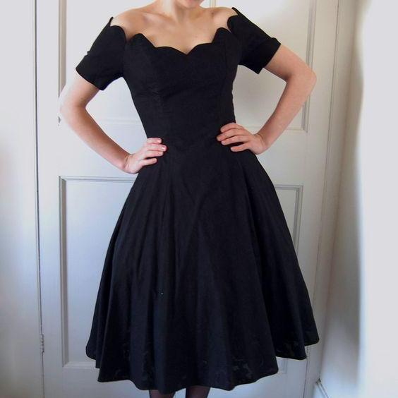 Cheap homecoming dresses 2017,Black Short Sleeve Chiffon Long Homecoming Dress