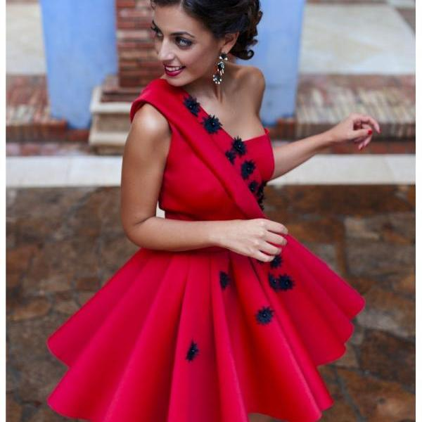 Red Homecoming Dresses One Shoulder Satin Appliques