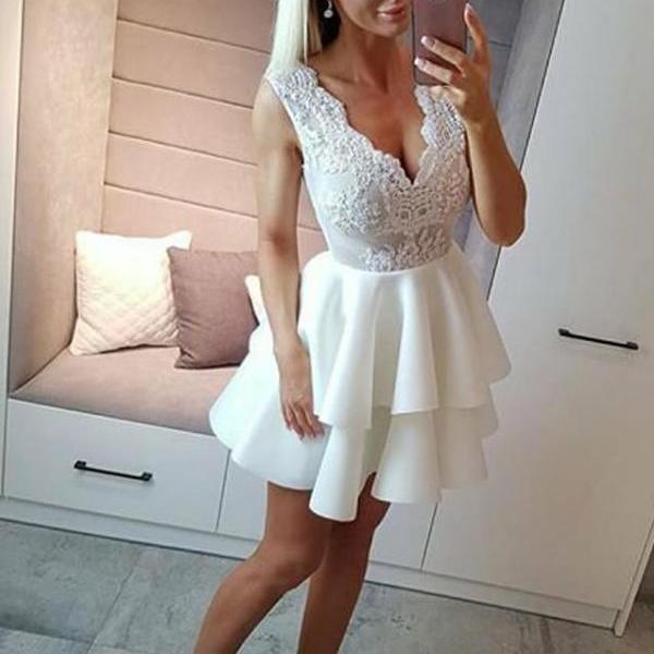 White Short Ball Gown Lace Homecoming Dresse
